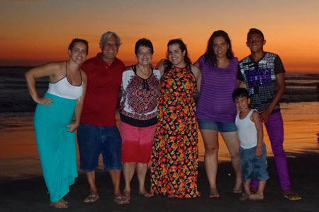 Azul Surf Club - The Perez Family